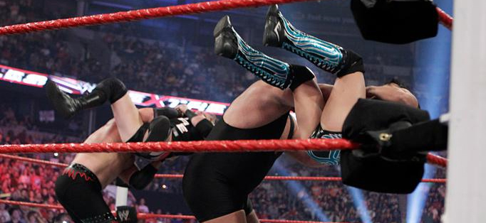 Sports World: Full story & photo & result - May 1, 2011 Big Show & Kane vs.  Wade Barrett & Ezekiel Jackson (WWE Tag Team Championship Lumberjack Match)  Extreme Rules 2011 - 1-5-2011