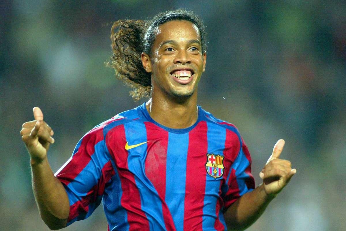 Ronaldinho: Football's Smiling Genius